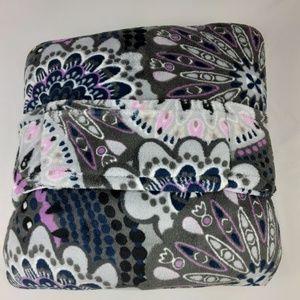 NWT Vera Bradley Fleece Travel Blanket Mimosa